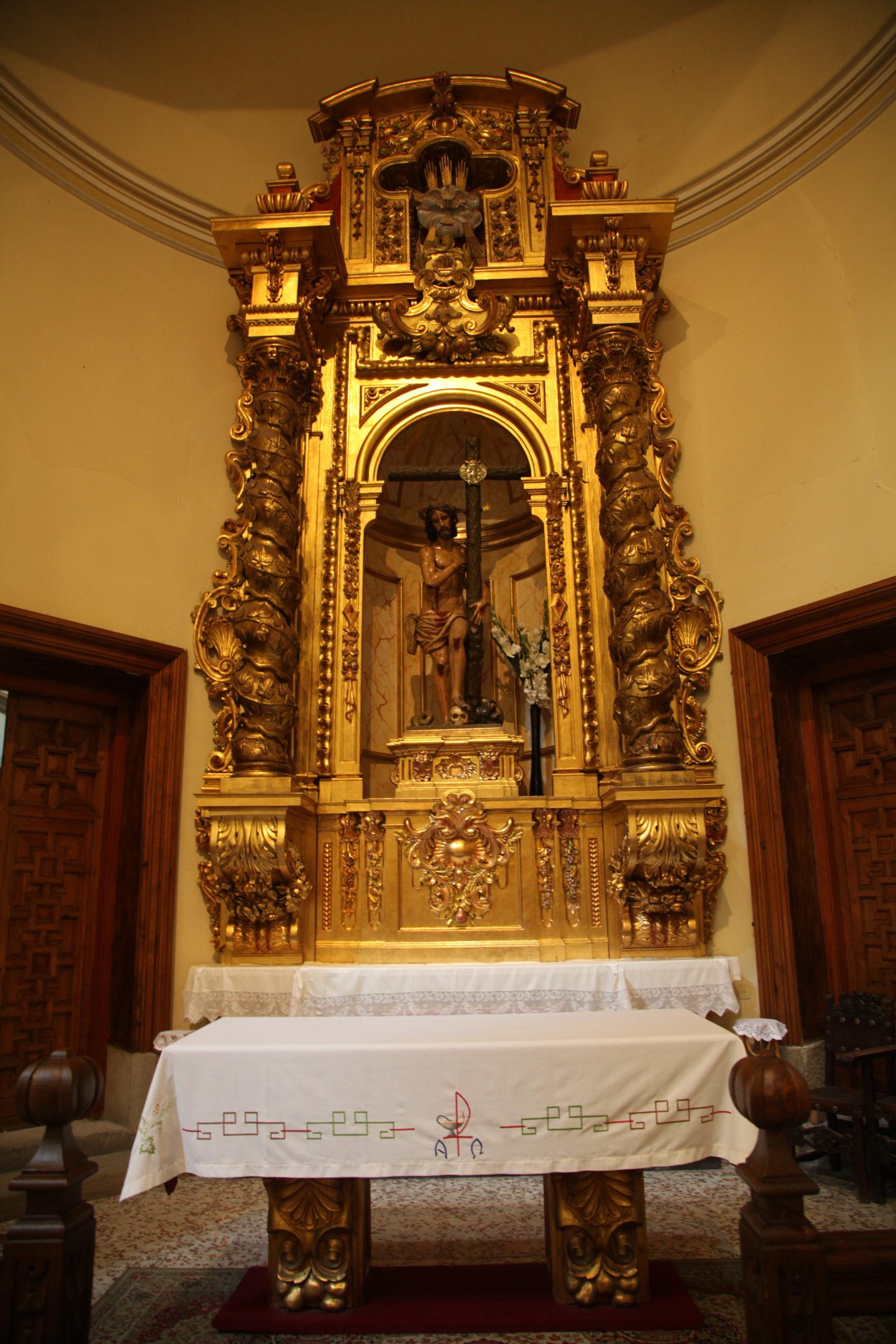 capilla-hermandad-del-cristo-de-serradilla-IMG_2579